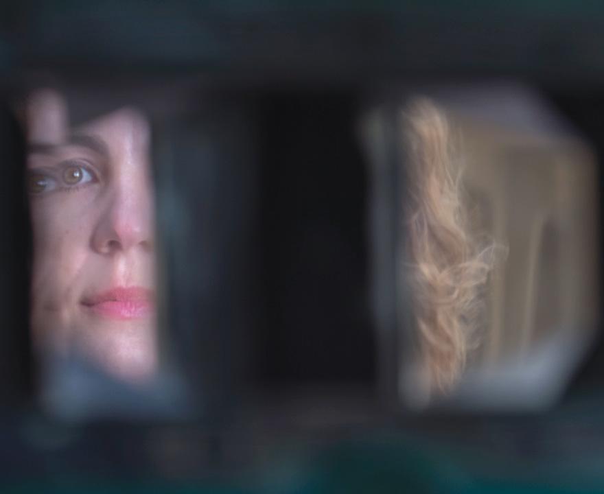 Prism goggles trick the brain into rewiring the visual cortex, providing insight into its plasticity