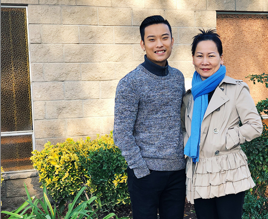 truong with his mom